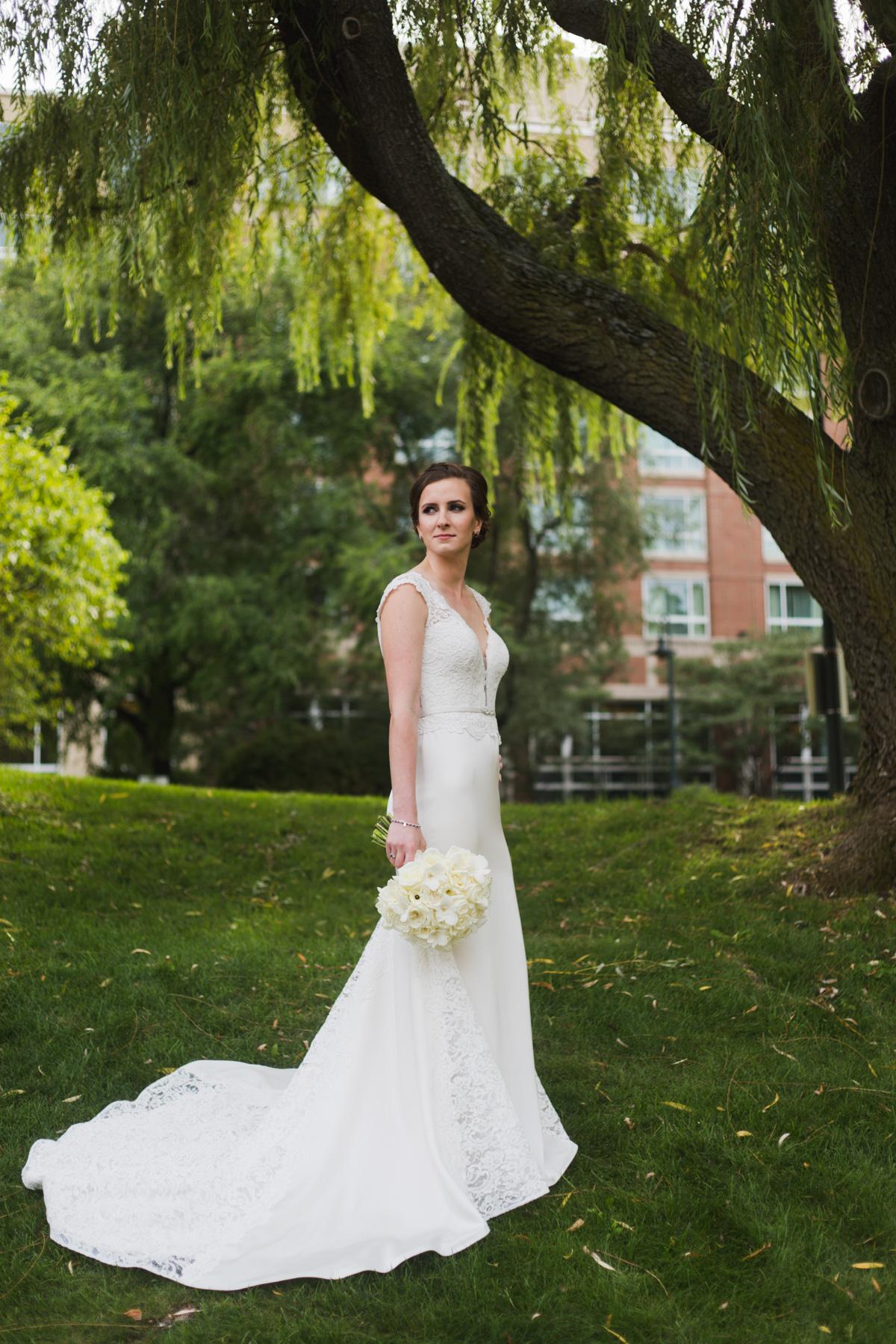 hotel marlowe bridal portraits