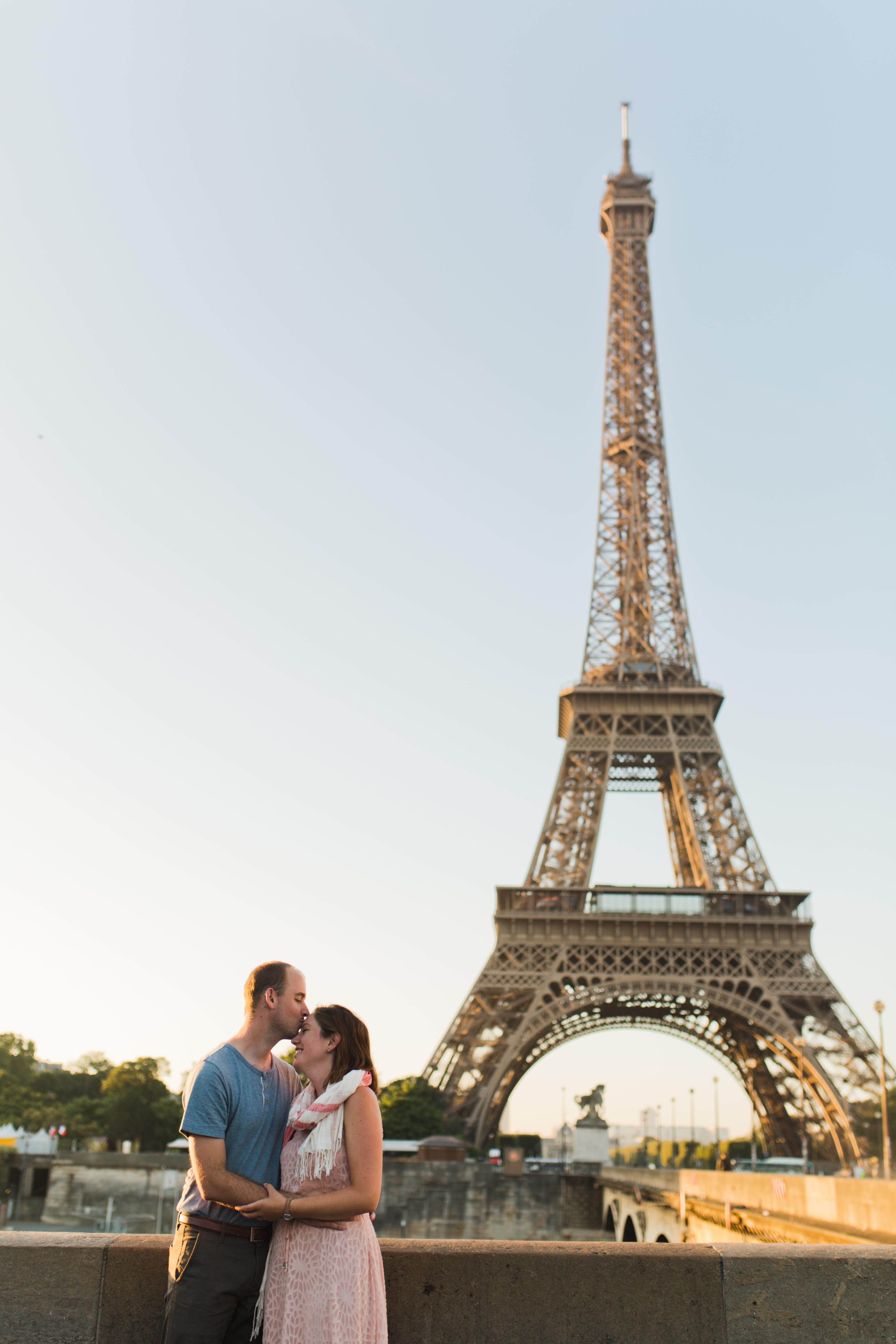 photo-shoot-in-paris-eiffel-tower