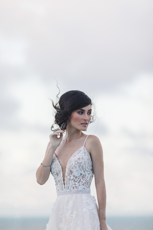 bride roof top portraits in puerto rico