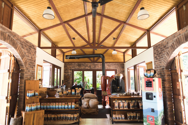 puerto-rico-hacienda-munoz-coffee-beans-roasting