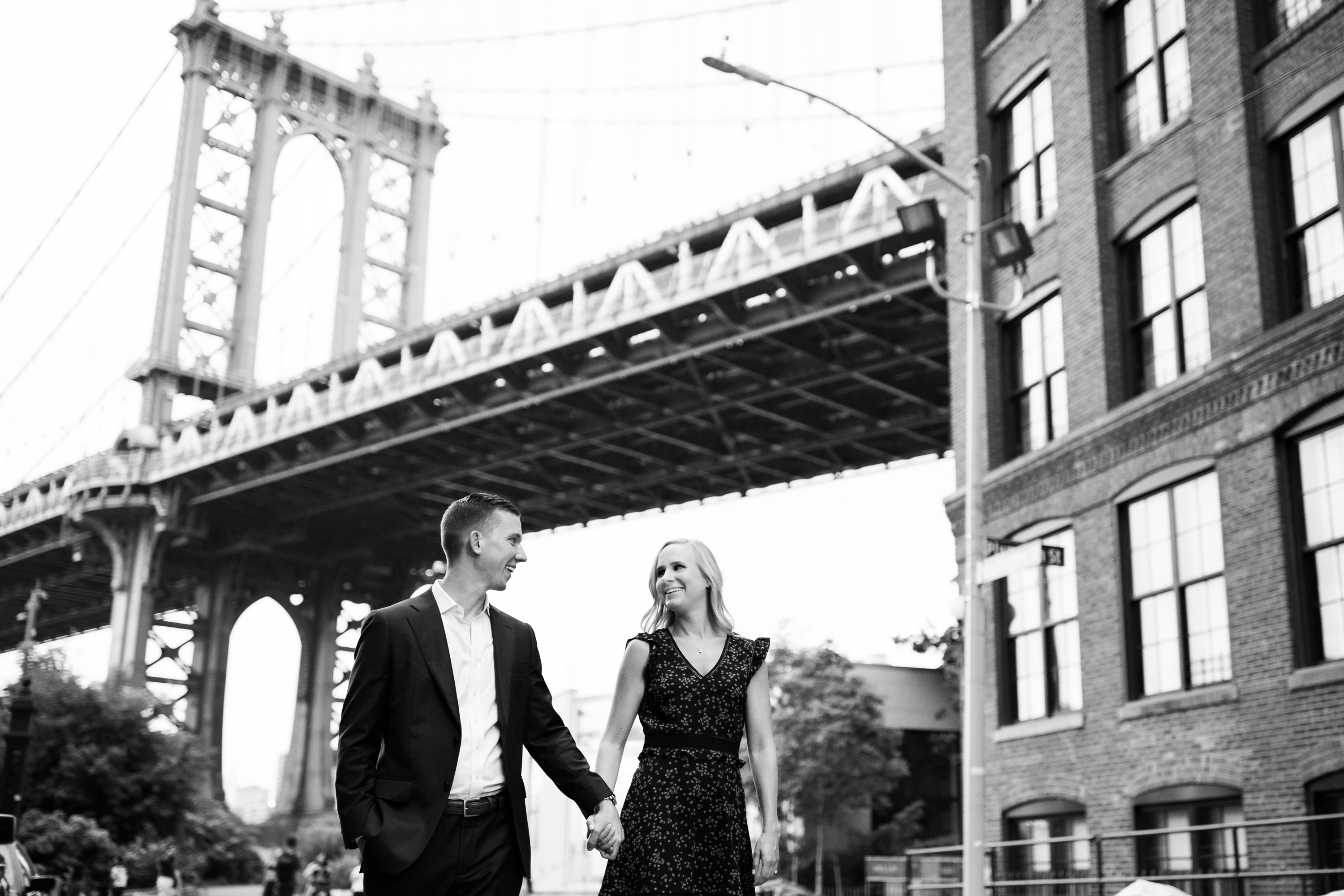 dumbo-brooklyn-nyc-engagement-photography-10